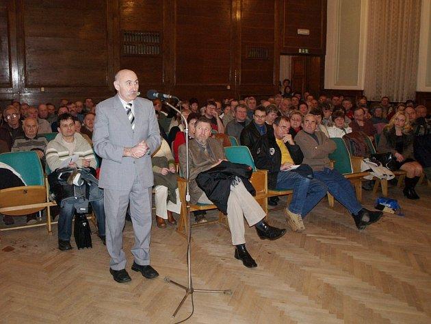 Na zastupitelstvu vystoupil i dačický advokát Antonín Tunkl.