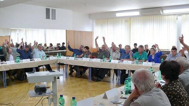 Zastupitelé v Třeboni odsouhlasili prodej radnice.