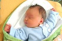 Roman Bena se narodil 20. listopadu ve 12 hodin a 23 minut Petře Svátkové a Romanu Beno z Mrákotína. Vážil 4500 gramů a měřil 53 centimetrů.