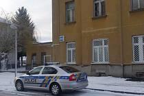 Nová služebna policistů v Českých Velenicích v budově nádraží v Revoluční ulici.