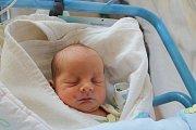 Filip Carva, Kamenice nad Lipou.Narodil se 12. listopadu Daně Karáskové a Milanu Carvovi, vážil 2820 gramů a měřil 46 centimetrů.