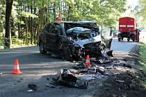 K tragické nehodě došlo u Dolního Žďáru. Řidič osobáku svým zraněním na místě podlehl.