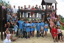 Vysvědčení si převzali i žáci ze základní školy v Novosedlech nad Nežárkou.