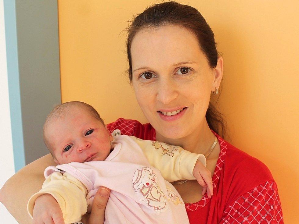 Anna Tesařová  se narodila 12. února Aleně a Ivu Tesařovým z Chlumu u Třeboně. Měřila 52  centimetrů a vážila 3410 gramů.
