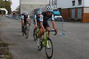 Časovou týmů byl v centru Jindřichova Hradce zahájen cyklistický závod Okolo jižních Čech.