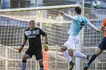 Jindřichohradecký brankář Jakub Hulík udržel proti Mýtu čisté konto a jeho tým si v divizi připsal cenné vítězství 2:0.