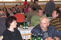 SETKÁNÍ.  Přes dvě stovky zemědělců z Jindřichohradecka se včera seznámily s novinkami týkajícími se dotačních titulů a s úskalími, se kterými se mohou také setkat.