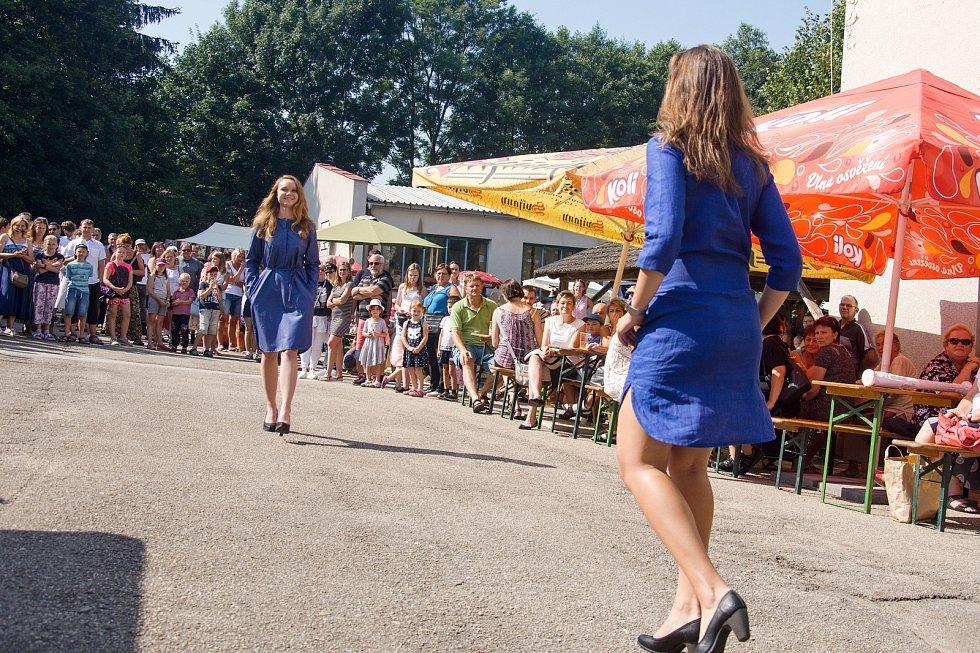 Tkalcovské slavnosti ve Strmilově.