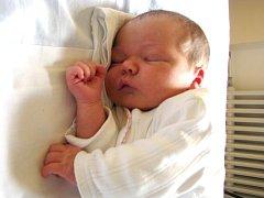 Viktorie Kučová se narodila 20. dubna v 11 hodin a 30 minut Lucii Hromadové a Tomáši Kučovi ze Slavonic. Doma se na ni těšila sestra Amálie.