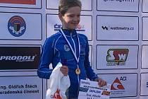 Závodník hradeckého Plaveckého klubu Hynek Hrdlička se stal v kategorii mladších žáků českým šampionem v aquatlonu.