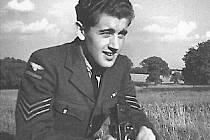 Válečný fotograf Ladislav Sitenský.