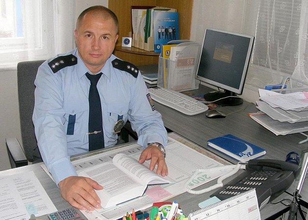 V čele obvodního oddělení policie v Jindřichově Hradci stojí David Piler.