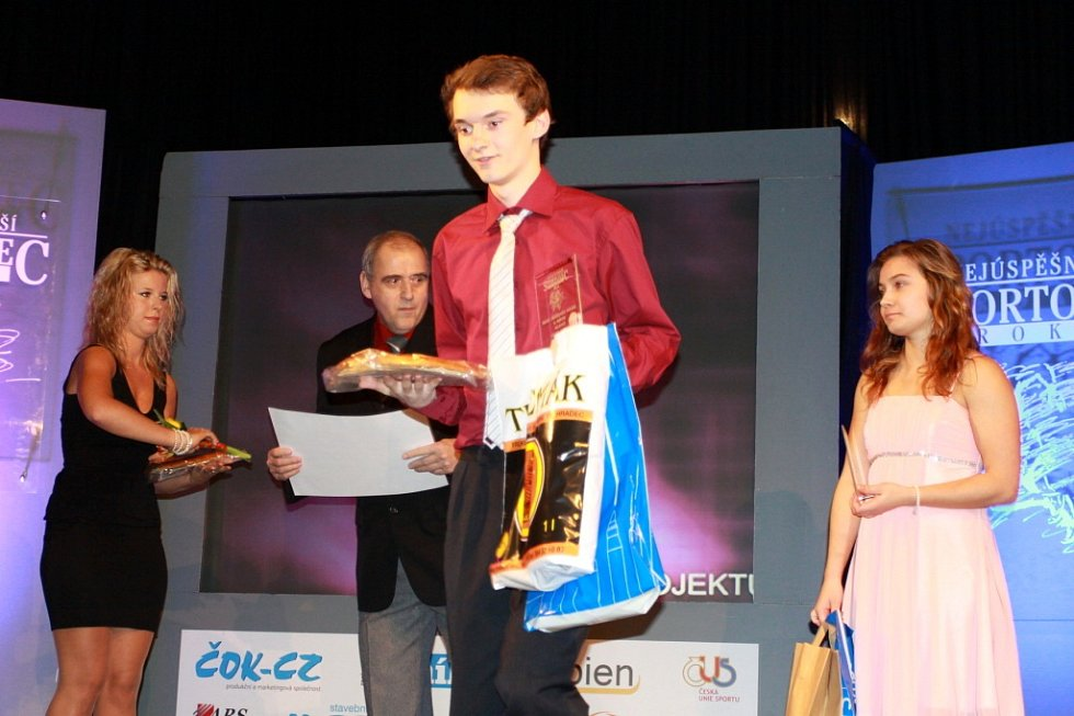 V Dačicích se v úterý uskutečnilo slavnostní vyhlášení výsledků ankety Nejúspěšnější sportovec roku 2014 okresu Jindřichův Hradec.