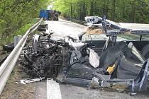 Při strážce aut v kopci pře Kardašovou Řečicí ve směru od Jindřichova Hradce se zranili čtyři lidé.