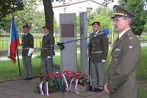 PIETNÍ AKT  u památníku generálmajora in memoriam Josefa Kholla v Plavsku. Zdejší rodák padl 22. září v bojích o Duklu, který padl 22. září v bojích o Dukelský průsmyk.
