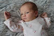 Mamince Lucii Vlčkové a tatínkovi Luboši Kostkovi z Kostelní Radouně se 6. července narodila malá Simonka Kostková. Holčička vážila 3000 g a měřila 49 cm.