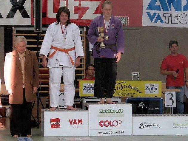 Mezi nejúspěšnější závodnice dačického juda patří v současnosti Andrea Dohnalová (v bílém kimonu). Výbornou loňskou sezonu podtrhlo i její páté místo v anketě o nejlepšího sportovce Jindřichohradecka  za rok 2007 v kategorii do 15 let.