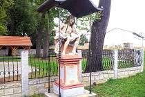 Socha Odpočívající Kristus v Třeboni Na Kopečku.
