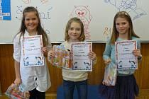 V recitační soutěži se dařilo Valentýně Tlačilové (1.A), Marcele Theerové (2.B) a Karolíně Kolmanové(4.A).