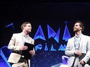 V Třeboni začal mezinárodní festival animovaných filmů Anifilm. Moderovali herci Vladimír Polívka (vlevo) a Pavol Seriš.