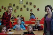 Den pro předškoláky si připravili v základní škole ve Strmilově.