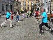 Ve Slavonicích má akce Nordic Walking Tour každoročně mnoho účastníků.