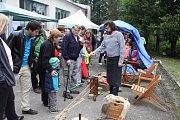 Řadu starých řemesel bylo možné zhlédnout při Tkalcovských slavnostech ve Strmilově.
