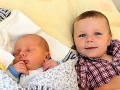 Jakub Novák se narodil 5. srpna Lence a Vladimíru Novákovým z Mnichu. Vážil 4030 gramů a měřil 50 centimetrů. Radost z něj má i  bráška  Vojtěch.