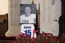 Poslední rozloučení s hokejistou Janem Markem.