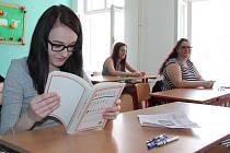 Ve střední zdravotnické škole v Jindřichově Hradci začaly maturity.