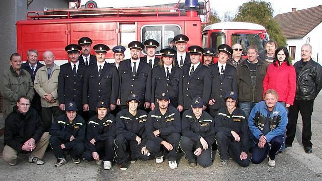 Dobrovolní hasiči v Lásenici.