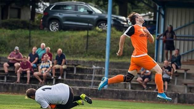 Fotbalové soutěže na Jindřichohradecku mají o víkendu na programu další kolo.