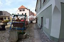 Lokalita kolem Dada clubu v Kostelní ulici.