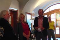 Zahájení výstavy se zúčastnil Václav Rameš (ředitel St. obl. archivu v Třeboni) a starosta města Petr Baštýř.