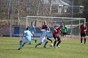 FK Jindřichův Hradec v 20. kole KP nepotvrdil roli favorita a doma jen remizoval s nováčkem ze Sezimova Ústí 1:1.
