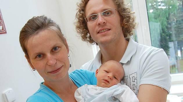 Vojtěch Kahoun se narodil 21. května 2010 Elišce a Dušanovi Kahounovým z Třeboně. Vážil 3020 gramů a měřil 49 centimetrů.