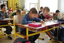 Škola a školka v Lužnici.