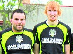 Mezi hlavní opory slavonických fotbalistů patří ofenzivní hrot Vojtěch Balík (vlevo) a stoper Milan Trávníček.