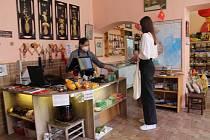 Prodejna pravých vietnamských produktů nabízí v Jindřichově Hradci zákazníkům nejen potraviny z Vietnamu.
