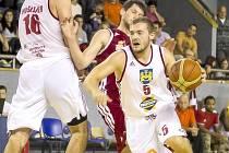 Rozehrávač Lions Petr Andres.