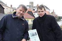 RYBNÍKÁŘSTVÍ NA JINDŘICHOHRADECKU. Knihu autoři Miroslav Hule (vlevo) a Michal Kotyza (vpravo) představí veřejnosti už v pátek 13. dubna od 16 hodin v refektáři muzea fotografie.