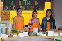Jak se vaří zdraví? To se dozvěděli návštěvníci sobotní akce na Tyršově stadionu. Součástí události byla prezentace kuchařského umu dětí ze základních škol nebo vystoupení dětí z mateřinek.
