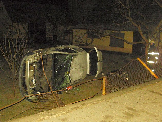 Nehoda osobního auta v Majdaleně.