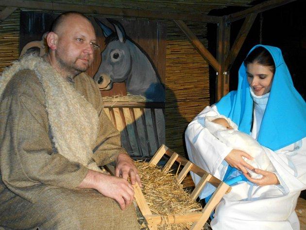 Živý betlém v Dačicích v podání místních ochotníků.