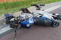 Střet dvou motorek v Třeboni si vyžádal dva lidské životy.
