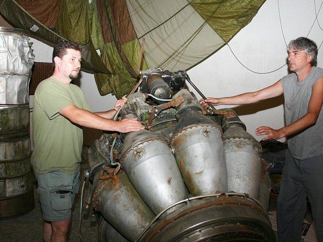 Letecké muzeum v Deštné.