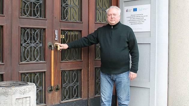 Policejní kariéru zakončil Stanislav Růžička z Jindřichova Hradce na obvodním oddělení v Dačicích. Předtím pracoval mnoho let v Jindřichově Hradci.