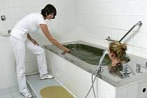 Třeboň nabízí unikátní novinku v podobě chlorellových koupelí.