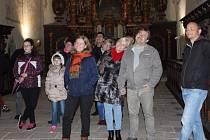 Noční prohlídku kostela sv. Jana Křtitele připravil archeolog Muzea Jindřichohradecka Vladislav Burian.
