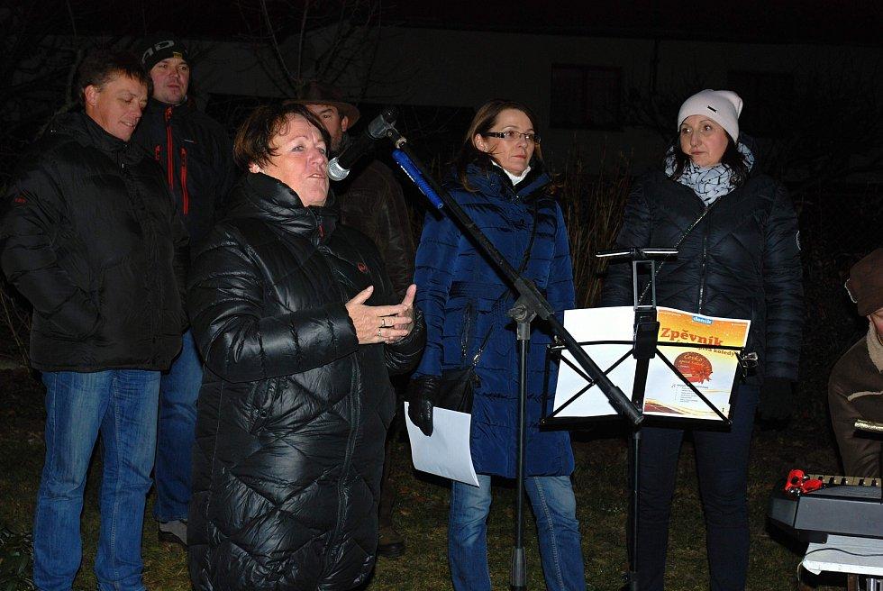 Česko zpívá koledy 2019 v Okrouhlé Radouni a opět ve spolupráci s obcemi Kostelní Radouň a Horní Radouň.